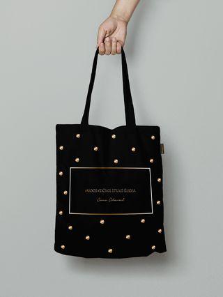 """Pirkinių maišelis su COCO CHANEL citata: """"Mados keičiasi. Stilius išlieka"""": auksinė versija, įkvepianti ir stilinga dovana kiekvienai elegantiškai ir veikliai moteriai"""