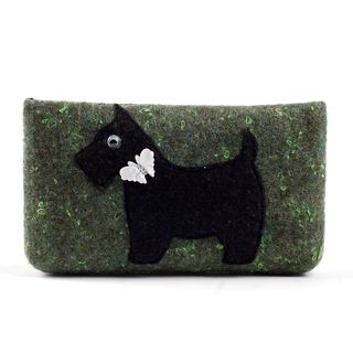 Veltos vilnos dėklas (žalias, šuo)