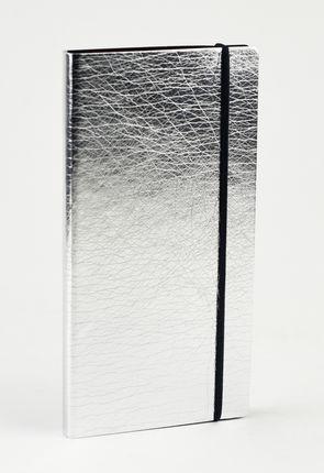 KIŠENINIS DARBO KALENDORIUS 2019 m. Solidaus dizaino, ypač kompaktiško dydžio kalendorius su lanksčiu, maloniu liesti sidabro spalvos viršeliu