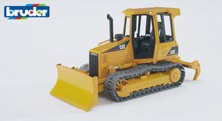 BRUDER traktorius vikšrinis traktorius 02443